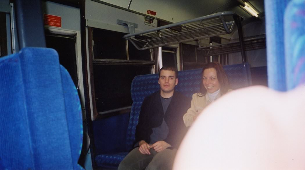 048FW2002