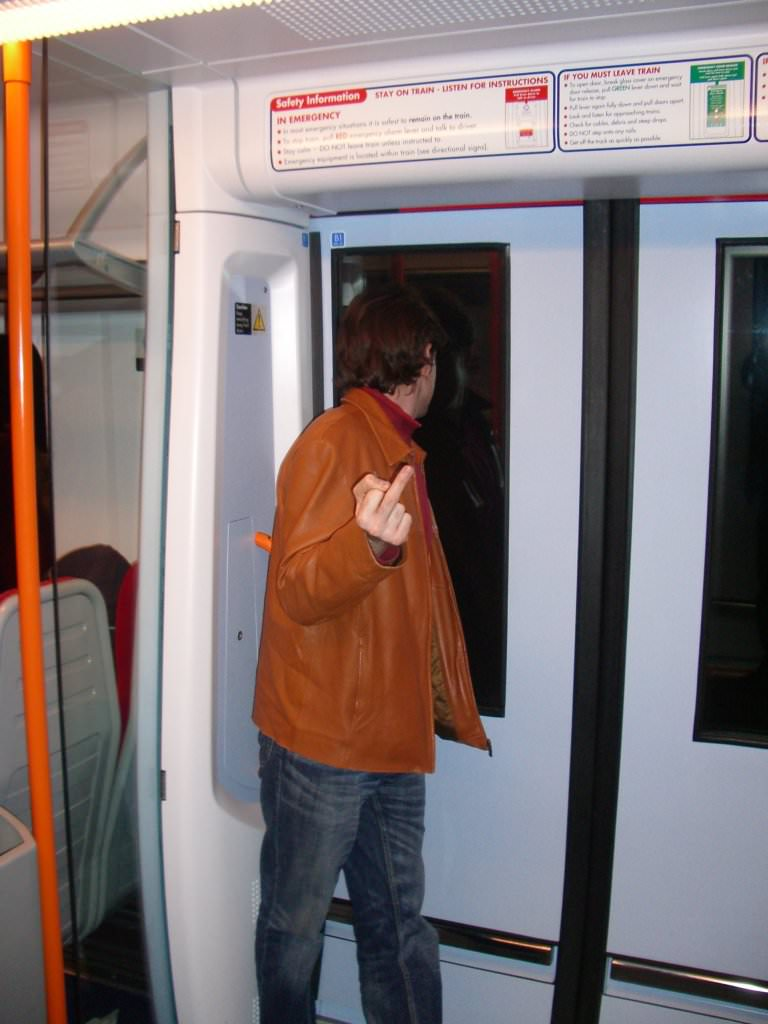 066FW2005